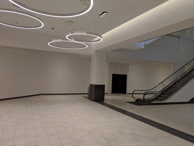 002 - 2019-08-21 Fashion Dist Phila - Unit C180_182 - Cafe Barricade (Concourse Level)